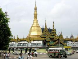 Sudando la gota birmana