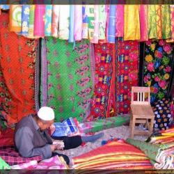 Mercado de Khotan – El color de la seda
