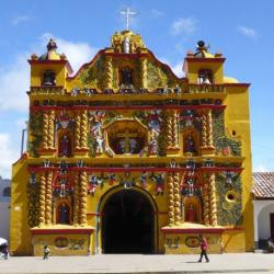 La increíble iglesia de San Andrés Xecul