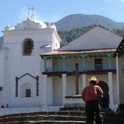Santiago Atitlán, Maximón, y Juanjo con su petición