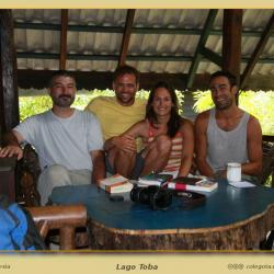 Alta concentración de españoles en el Lago Toba